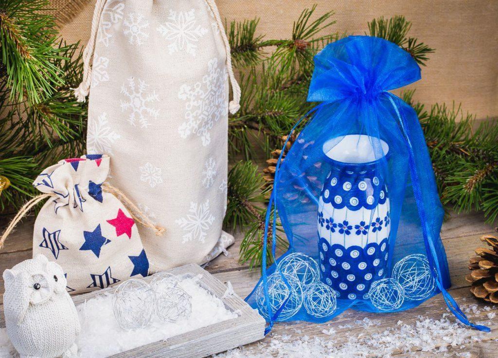 Grâce aux sachets les cadeaux se présentent non seulement d'une façon élégante mais aussi originale.