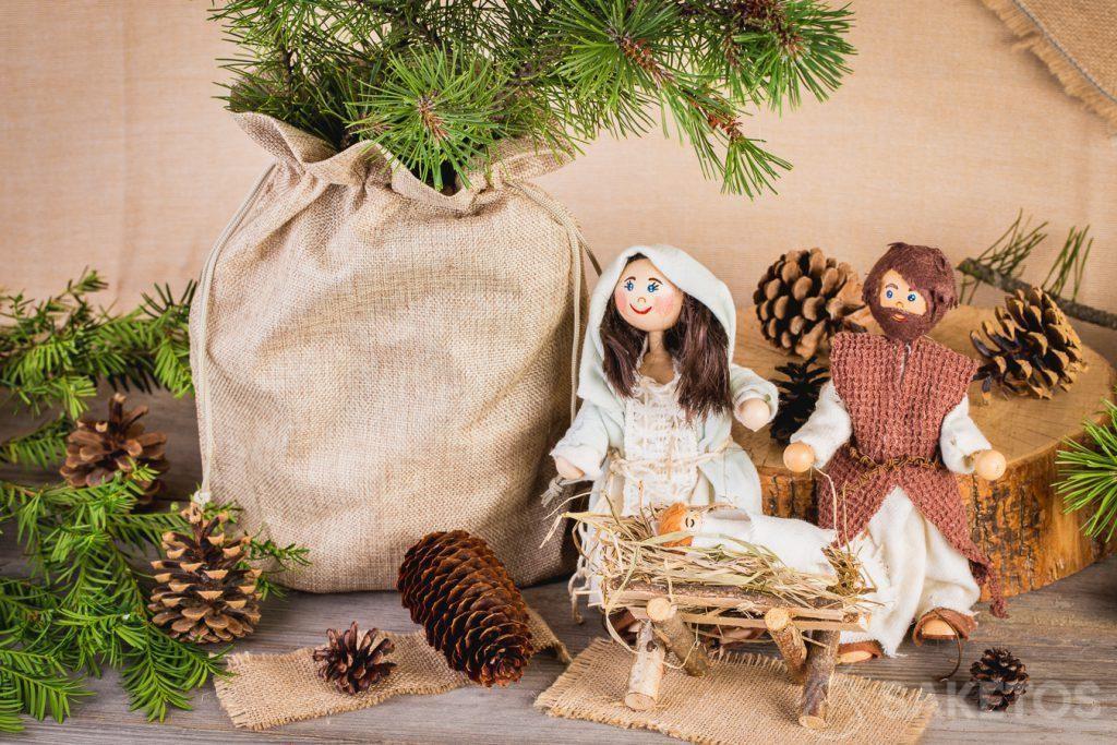 Une composition de Noël au style rustique