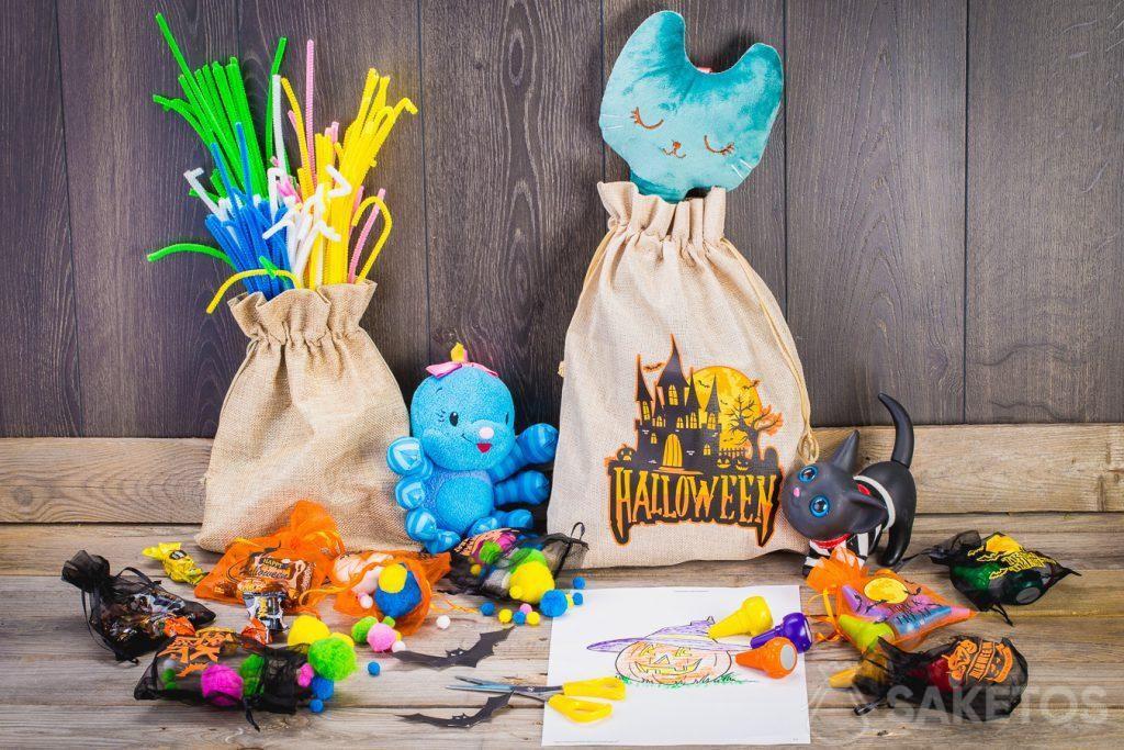 Grâce aux sachets d'Halloween, il est facile de décorer la chambre d'enfant pour l'Halloween.