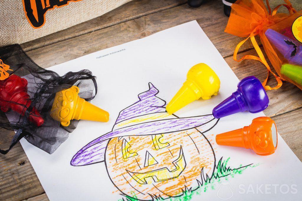 Les sachets à friandises pour Halloween décoratifs sont excellents également pour conserver de petits objets.