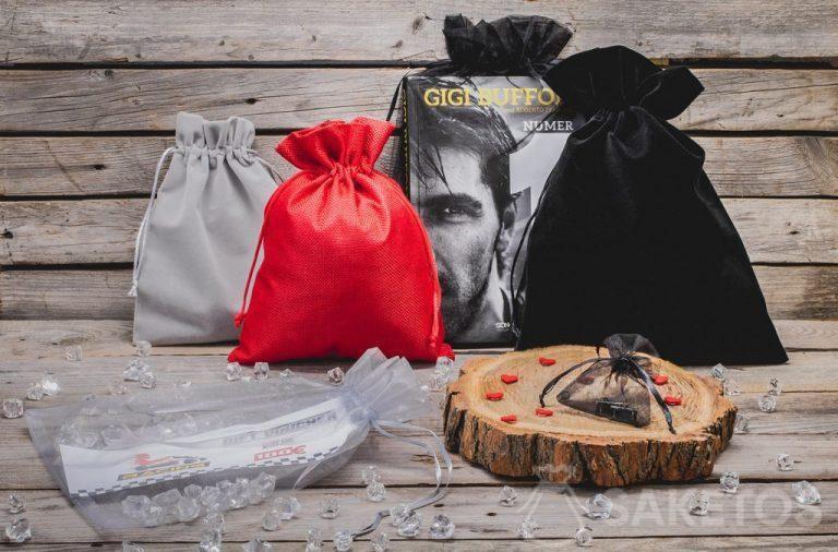 Cadeaux pour hommes dans des sacs élégants
