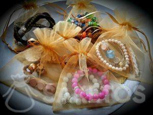 9.Les sachets en organza protégeront vous bijoux durant le voyage