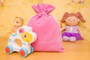 4.Les sachets en vélours sont parfaits pour le stockage décoratif des jouets